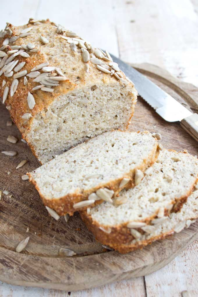 Chia Almond Low Carb Bread